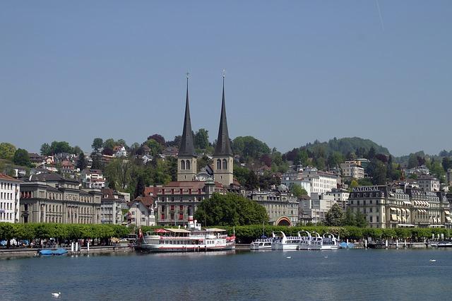 Lavorare in svizzera italiana consigli e soluzioni per for Lavoro per architetti in svizzera